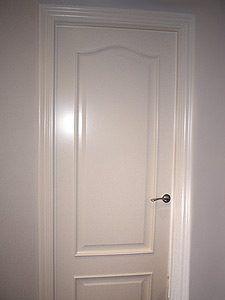 lacado de puertas en Vitoria