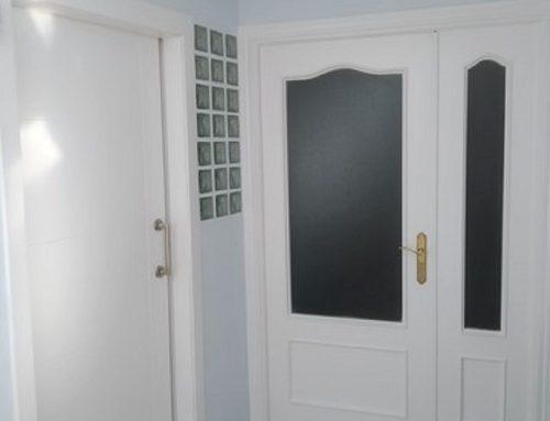Lacar puertas en Vitoria